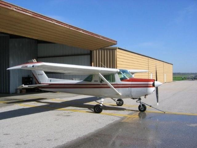 Cessna 152 - N6456P